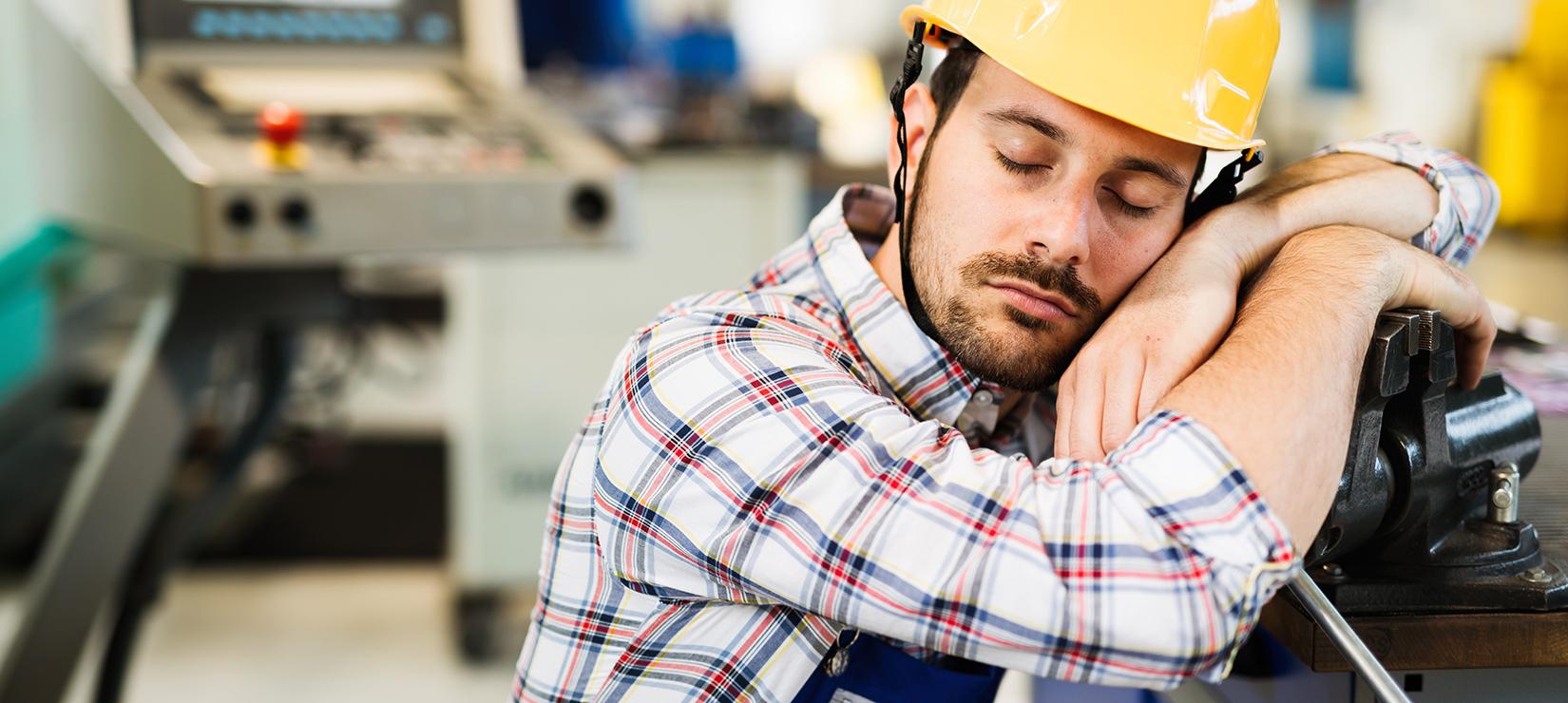 Schlafprobleme als Risikofaktor für Arbeitsunfälle